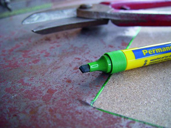 1232 Pleišto formos permanentinis markeris 1-5mm
